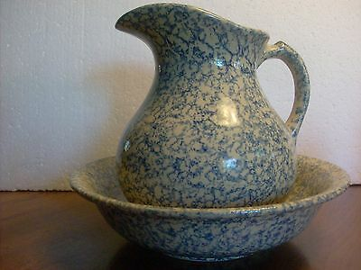 Early Robinson Ransbottom Co. Yelloware / Spongeware Blue Pitcher and Basin