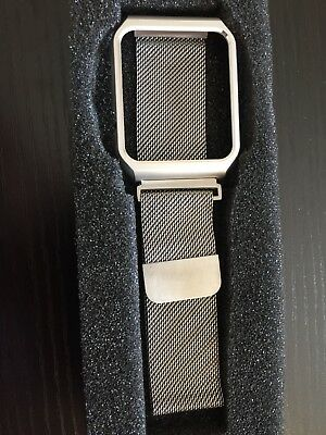 Apple Watch Band - 42mm Stainless Steel Milanese Loop - New. Made in China.