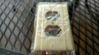 Nos Vintage  Pass & Seymour Ribbed Ivory Duplex Receptacle Outlet Cover Plate
