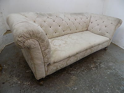 chesterfied,three seat,button back,sofa,settee,wood legs,project,victorian,cream