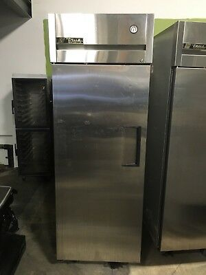True TG1R-1S Single Door Commerical Upright Refrigerator WORKS GREAT!