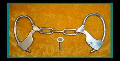 AUTHENTIC OLD HEAVY DUTY TOWERS Mk'd HANDCUFFS / MANACLES / SHACKLES with KEY