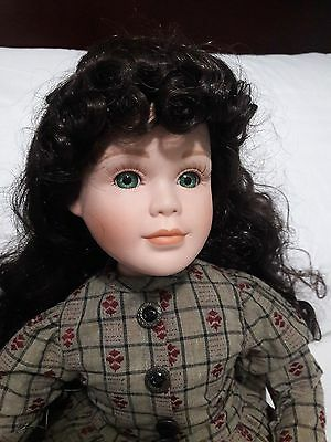 Collectible doll Yesterday's Child The Boyds Collection Mary Anne & Game board