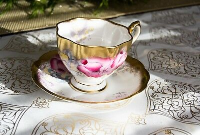Queen Anne Tea Cup And Saucer Thick Gold Bands Cupid & Floral Pattern Teacup