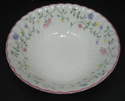 "Johnson Brothers ""Summer Chintz"" Round Vegetable Serving Bowl England 8 1/4"""