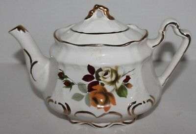 Vtg Arthur Wood And Son #4743 Tea Pot- Floral, Roses - Made In England