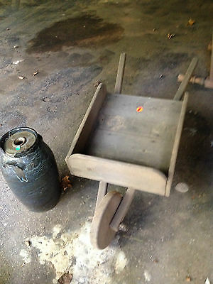 Early Antique Primitive Garden Wood Wheel Barrow