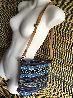 bulk lot of 5 handloom shoulder bags.29 x 20cm.Fully lined.Convert to clutch too