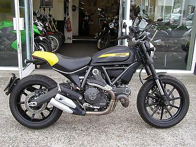 2015 DUCATI SCRAMBLER 800 FULL THROTTLE 803 cc