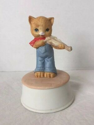 "1983 MANN Musical Figurine ~ Cat Playing A Fiddle ~ ""Tie A Yellow Ribbon"""