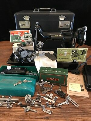 """Singer Featherweight 221  SCROLLFACE scroll face """"Quilters Sewing Dream"""""""