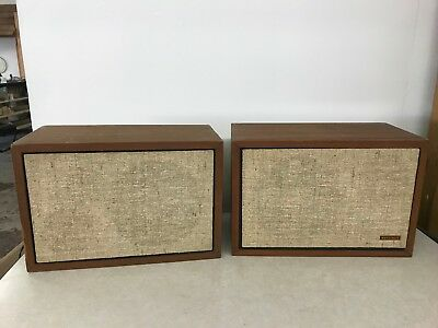Vintage 1960s Whitecrest White Crest W2 Bookshelf Speakers