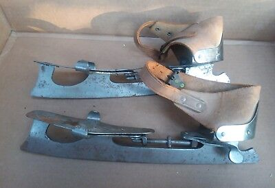 Antique U S Club Ice Skates  #16 1/2   Size 9 1/2   Leather Straps  Newark Nj