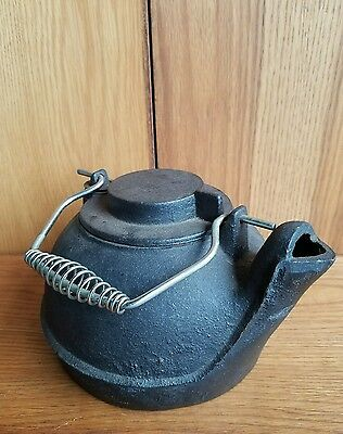 Old Vintage Cast Iron Metal Kitchen Tea Fireplace Kettle Pot Decoration 10+ lbs