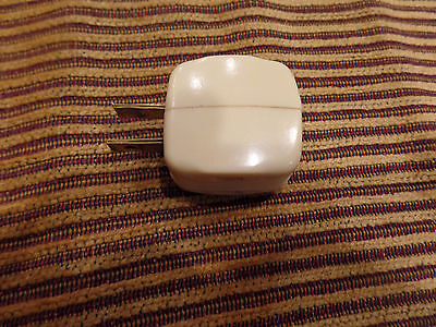 Vintage  Bakelite Art Deco Plug In Triple Outlet Adapter Strip Ivory 15A