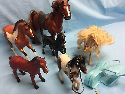 Horses Mixed Lot of 6 Different Sizes Includes 2 Saddles