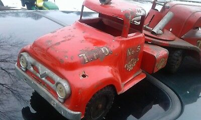 Vintage Tonka T.F.D 5 Fire Truck toy parts or restoration