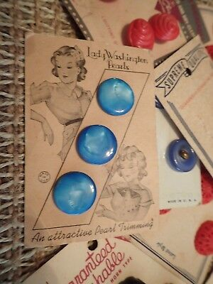 VINTAGE Assortment Lot of OLD BUTTONS on original Display Packages!!!