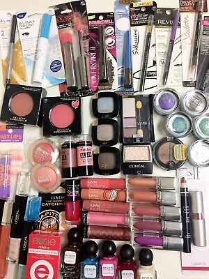 Lot of 50 pieces Mixed Salvage / Damaged  REVLON, LOREAL, MAYBELLINE, ALMAY