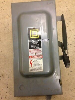 Square D 100 Amp Enclosed Switch Service Disconnect D323N