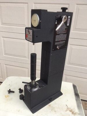 Rams Rockford Products Rockwell Hardness Tester 10A-R10 Made in Rockford