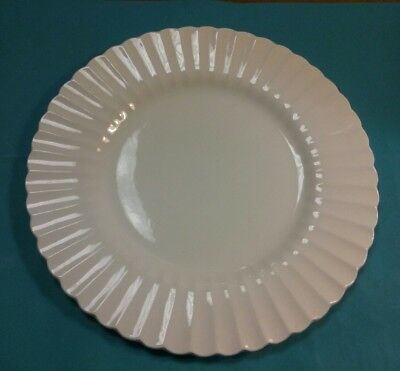 """Lot of 7 Vintage J&G Meakin England Classic White 10"""" Dinner Plates"""