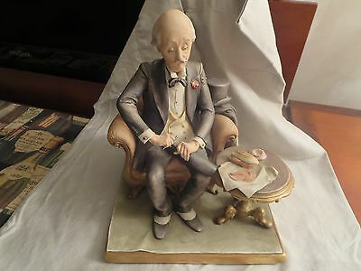 """Capodimonte Guiseppe Cappe Large Figurine """"man Opening Wine Bottle W/lunch"""""""