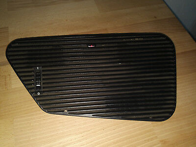 BMW 5er E34 Frischluft mit DWA Ventilation Fresh Air Grill with ATV Lamp 1384066