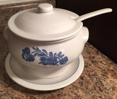 Pfaltzgraff Yorktowne Soup Tureen With Lid Ladle And Underplate  Great Condition