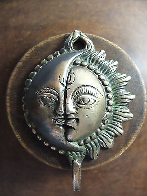 Vintage Antique Style Solid Brass Skulpture Sun Moon Wall Hooks Hanger