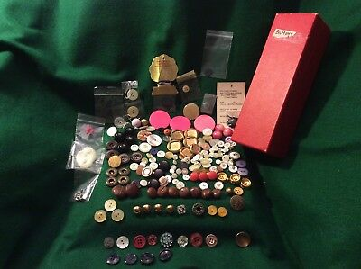 Lot of 150+ Antique-Vintage Buttons-Bakelite,Celluloid,Leather & more in Box