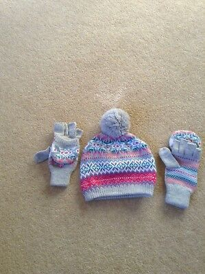 Girls Ladies Bobble Hat and Fingerless Gloves Mittens Argyle Print Grey