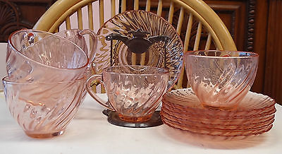 Vintage Arcoroc Rosaline Pink Swirl Cup And Saucer Set of 6 Made in France
