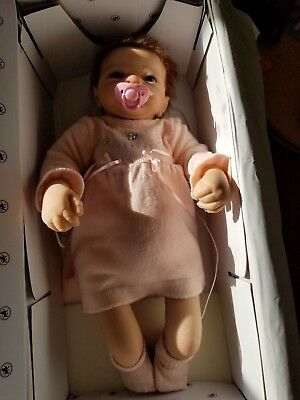 """Ashton Drake """"BABY EMILY"""" So Truly Real w/ Original Certificate and Box"""