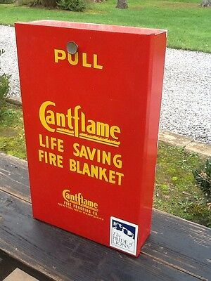 Vtg Wall Mount CantFlame Fire Blanket In Metal Box W / Fire Blanket - Very Good