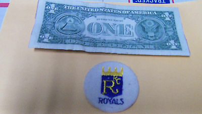 Vintage Kansas City KC ROYALS Embroidered Smal Round Patch MLB Baseball BOX6