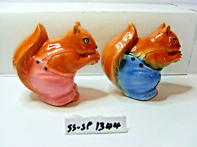 squirrels salt and pepper shakers