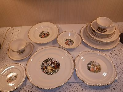 Vintage (4) 7 Piece Place Settings Harker Pottery Crimped Edge 22Kt Gold China