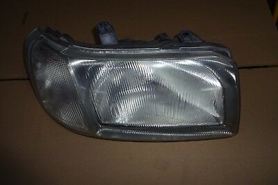 2005 land rover lr3 headlight assembly