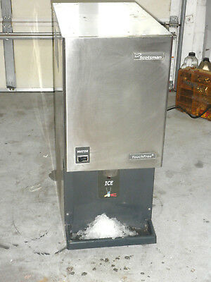 SCOTSMAN MDT3F12A-1A TOUCH FREE Crushed  ICE MACHINE DISPENSER  works fine