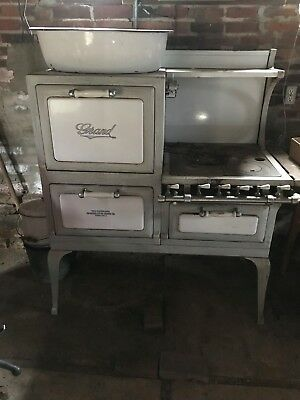 Antique, Vintage Grand Gas Stove circa 1928