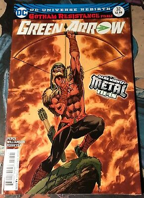 Green Arrow #32 METAL TIE-IN Cover B! Sold Out!!!