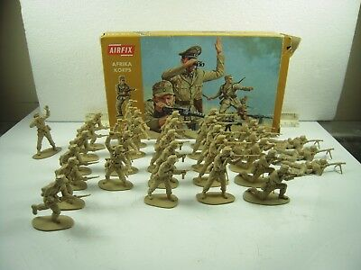 Airfix Lot of WWII German Afrika Korps, 29 Figures, Boxed