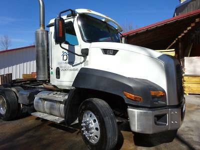 2013 Caterpillar CT660 Conventional Day Cab peterbilt, volvo, international,