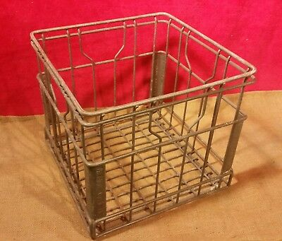 Vintage 1971 Meadow Gold Wire Metal Milk Crate Carrier Dairy Farm Country Decor