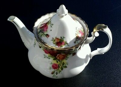 Royal Albert Old Country Roses Teekanne