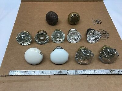 Lot of Vintage Antique Door Knobs, Mixed lot.