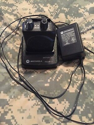 Motorola Minitor V 5 UHF Voice Pager with Drop In Charger - As Is