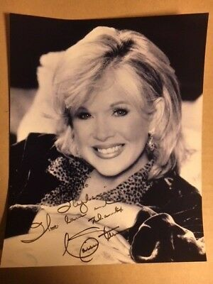 Connie Stevens Lovely Signed Autographed 8 x 10 Photograph with COA