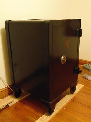 Antique Victor Safe & Lock Safe Grand Prize Louisiana Purchase Exposition 1904